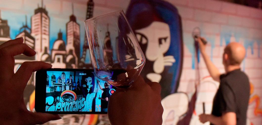 Graffiti Mottomotiv - geruchsneturale Indoor Graffitti Live Show